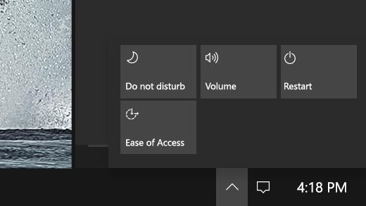 يعرض مركز الإجراءات السريعة على Surface Hub.