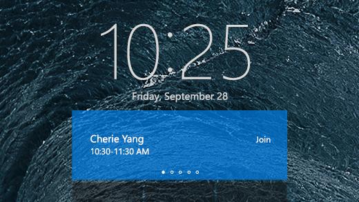 يظهر شاشة الترحيب في Surface Hub مع عرض Cherie Yang يعقد اجتماعًا مجدولاً.