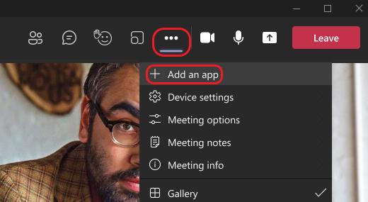 Изображението показва как да добавите приложение по време на Teams събрание.