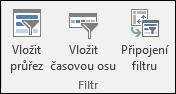 Vložení výřezu možnost z nástroje kontingenční tabulky > analyzovat > Filtr