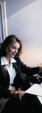 osoba kontrolující konečných informací o projektu