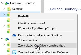 Snímek obrazovky s místní nabídkou v Průzkumníkovi souborů, s vybraným příkazem Zvolit složky OneDrivu k synchronizaci