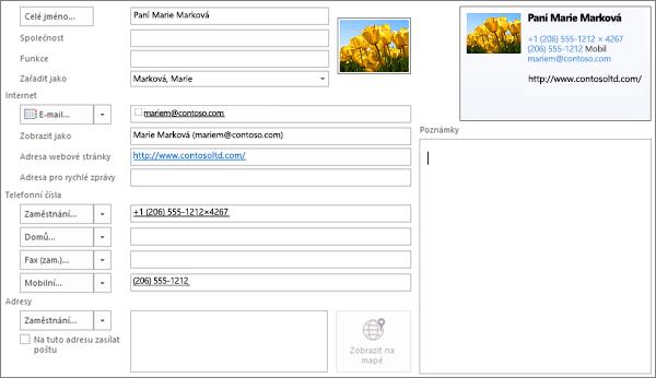 Částečně vyplněný karty kontaktu v aplikaci Outlook