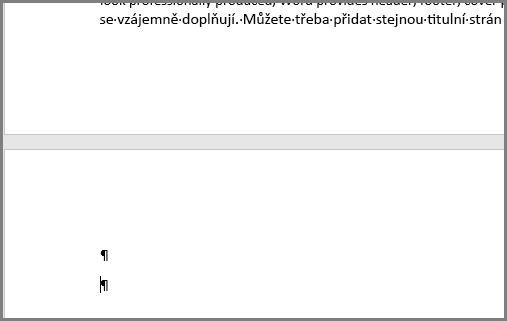 Prázdné odstavce v horní části stránky Wordu