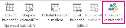 Tlačítko Oprávnění ke kalendáři na kartě Domů v Outlooku 2013