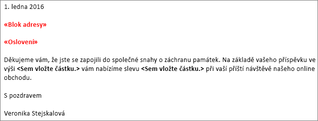 Ukázka dopisu hromadné korespondence ve Wordu zobrazující pole Blok adresy a pole Řádek s pozdravem.