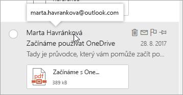 Snímek obrazovky s kurzor umístíte ukazatel myši na jméno odesílatele