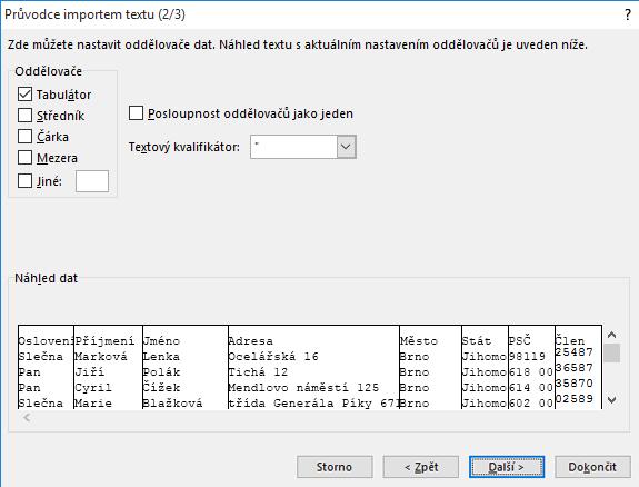 V Průvodci importem textu jsou zvýrazněné možnosti pro Oddělovače.