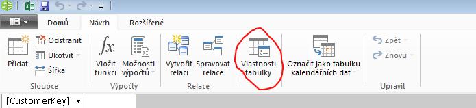 Pás karet v okně PowerPivot zobrazující příkaz Vlastnosti tabulky
