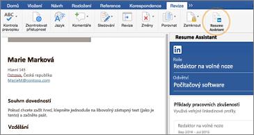 Životopis na levé straně obrazovky a podokno funkce Resume Assistant na pravé