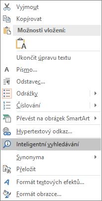 Zobrazuje možnost Inteligentní vyhledávání v PowerPointu.
