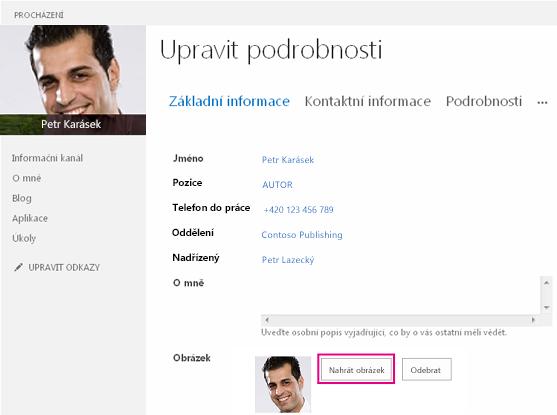 Snímek obrazovky Změnit obrázek v okně SharePointu se zvýrazněným tlačítkem Nahrát obrázek