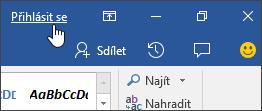 Snímek obrazovky znázorňující přihlašovací odkaz v desktopové aplikaci Office