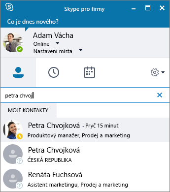Snímek obrazovky s oknem Skypu pro firmy během hledání kontaktu, který chce uživatel přidat