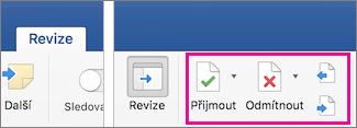 Karta Revize se zvýrazněnými ikonami Přijmout, Odmítnout a Další