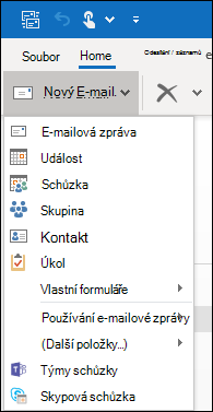 Skryté příkazy můžete najít kliknutím na šipku dropdow.