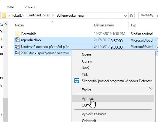 Klikněte pravým tlačítkem myši a vyberte Vyjmout k přesunutí souboru