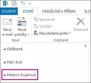 Sdílená složka se zobrazí v seznamu složek v Outlooku 2013.