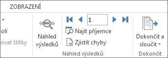 Snímek obrazovky s na kartě korespondence ve Wordu zobrazující skupině náhled výsledků.