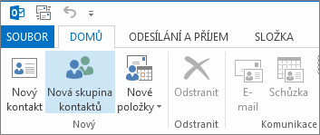 Kliknutí na Nová skupina kontaktů na kartě Domů.