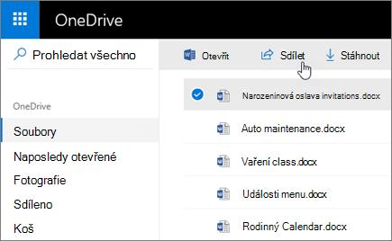Snímek obrazovky s vybraným souborem a tlačítkem Sdílet ve OneDrivu.