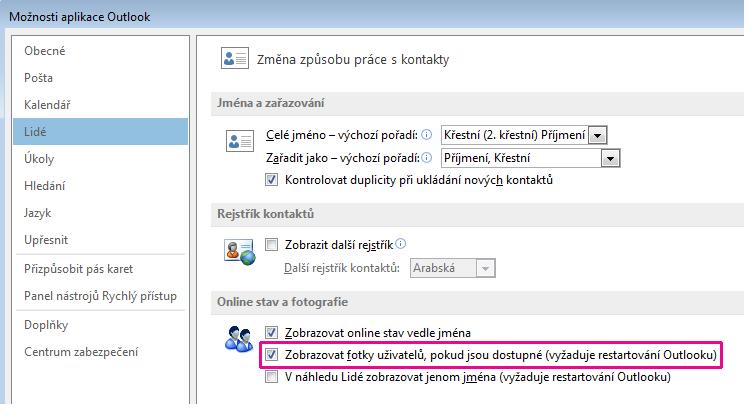Snímek okna možností v Outlooku se zvýrazněným zaškrtávacím políčkem pro povolení fotek