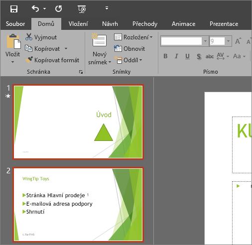 Zobrazuje PowerPoint 2016 s použitým tmavě šedým motivem.