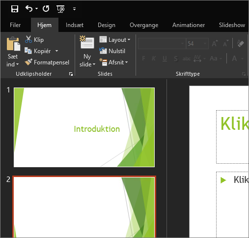 Viser det sorte tema i PowerPoint 2016 til Windows