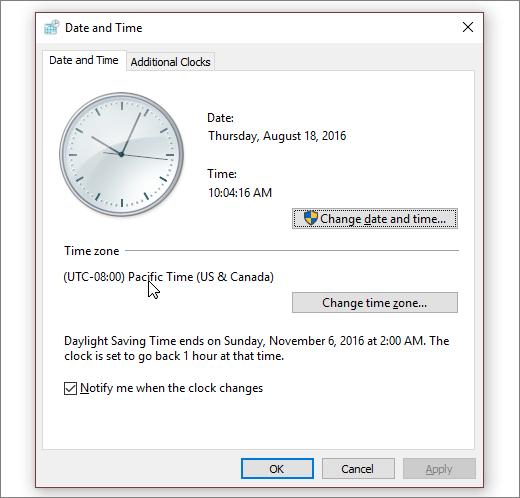 Et skærmbillede, der viser menuen Dato og klokkeslæt i Windows 10.