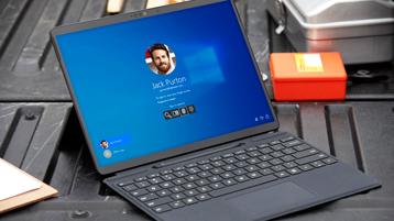 Windows-skærm på Surface Pro X