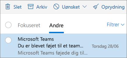 Arkivering af meddelelser i Outlook på internettet