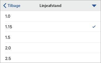 Kommando Linjeafstand, der viser formateringsindstillinger, hvor 1,15 er valgt