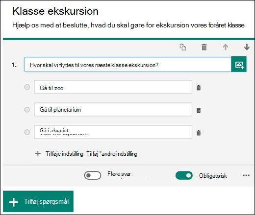 Et formularspørgsmål vises med valgmuligheder.