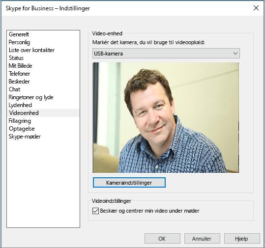 Skærmbillede af siden videoenheder med Skype for Business-dialogboksen indstillinger.