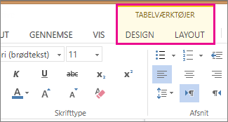Billede af fanerne Design og Layout under Tabelværktøjer i Word Online