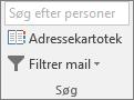 I Outlook skal du på fanen Hjem i gruppen Find vælge Adressekartotek.