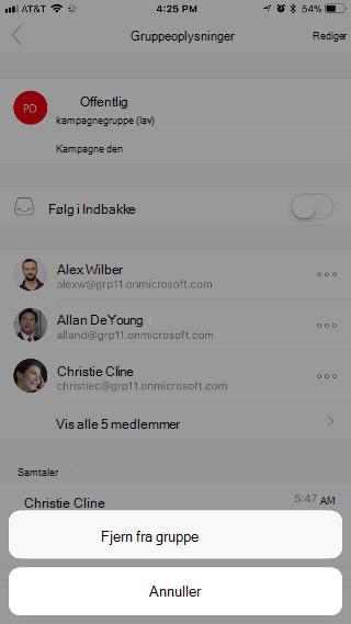 """Viser siden Gruppeoplysninger, der har to knapper nederst på siden – """"Fjern fra gruppe"""" og """"Annuller""""."""