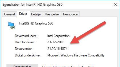 Versions- og datooplysningerne for enhedsdriveren findes øverst på driverfanen.