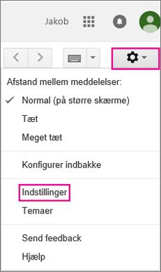 Vælg Indstillinger i Gmail.