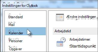 Klik på Kalender i Indstillinger for Outlook.