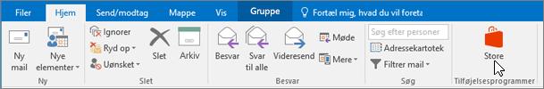 Skærmbilledet viser fanen Hjem i Outlook, med markøren pegende på ikonet Store i gruppen Tilføjelsesprogrammer.