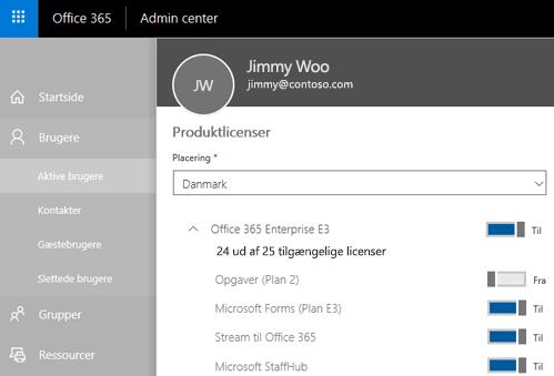 Et skærmbillede viser siden Produktlicenser i Office 365 Administration med kontakten indstillet til Fra for Opgave (Plan 2).