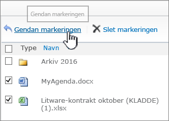 SharePoint 2010 med markerede elementer og knappen Gendan fremhævet