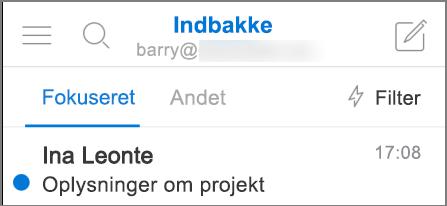 Et billede af hvordan Outlook ser ud på en iPhone.
