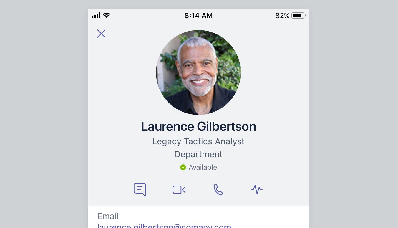 Dette skærmbillede viser en persons profilkort.