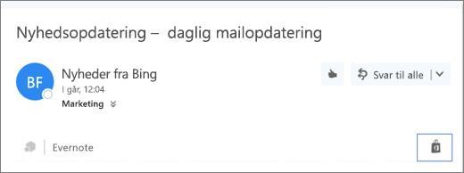 Skærmbillede af et uddrag af den øverste del af en mail med ikonet Store fremhævet. Hvis du klikker på ikonet, åbnes vinduet Tilføjelsesprogrammer til Outlook, hvor du kan søge efter og installere tilføjelsesprogrammer.