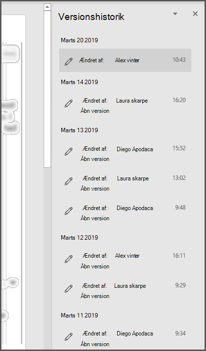 Ruden Versionshistorik i Office, der viser flere tidligere versioner af filen