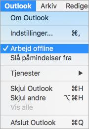 Viser indstillingen Arbejd Offline markeret i menuen Outlook