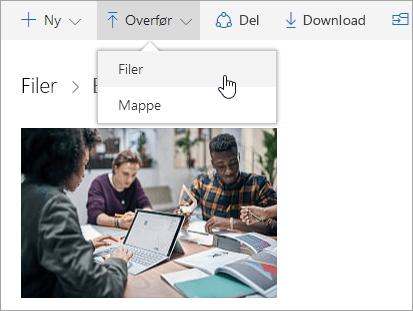 Skærmbillede, der viser, hvor du overfører en fil i OneDrive