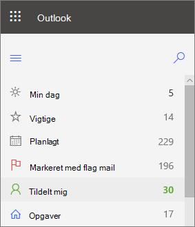 Skærmbillede af venstre navigation for opgaver til Outlook til internettet, der viser, at den er tildelt til mig til højre efter en mail med flag